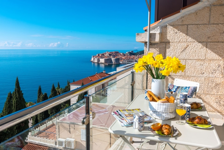 Featured property – stunning apartment overlooking Dubrovnik